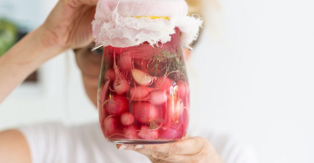 Radieschen fermentieren | Gesunde vegane Rezepte, Fermentation, Nachhaltigkeit - Syl Gervais
