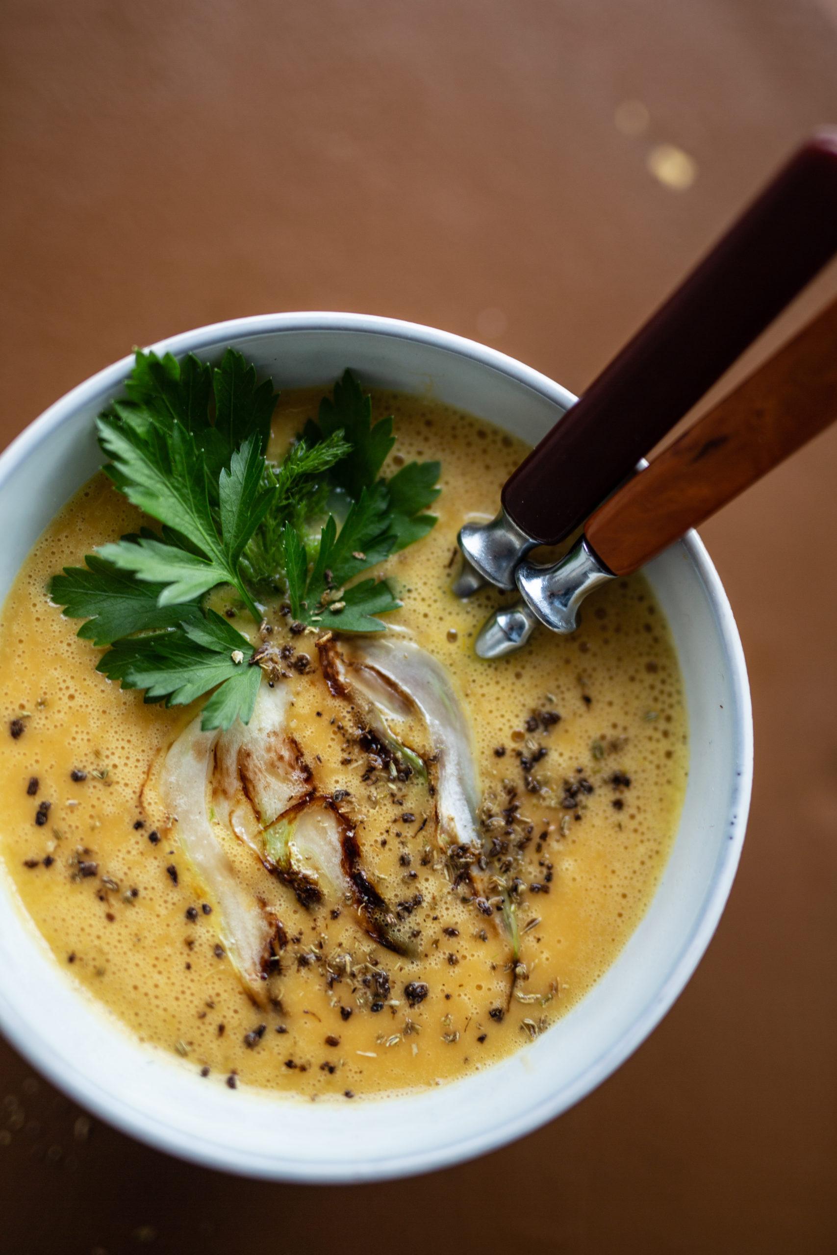 Leichte Süßkartoffel Fenchel Suppe