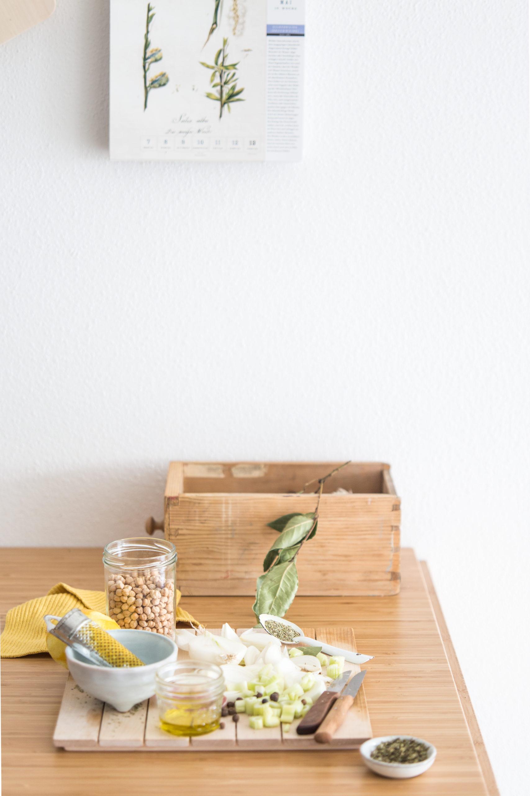 Zutaten für Griechische Zitronen – Kichererbsen Suppe