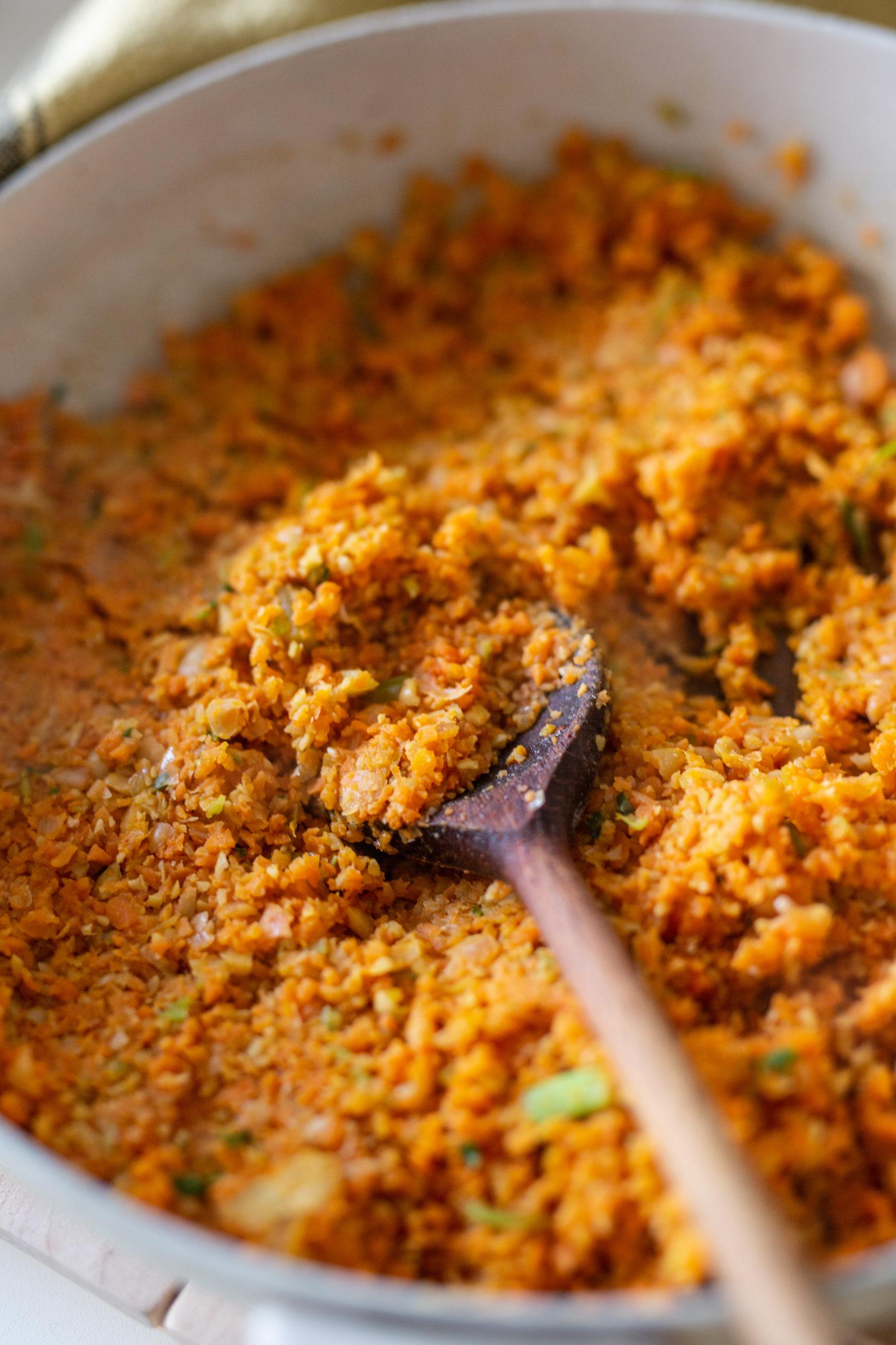 Vegane Bratlinge mit Karotten und Kichererbsen
